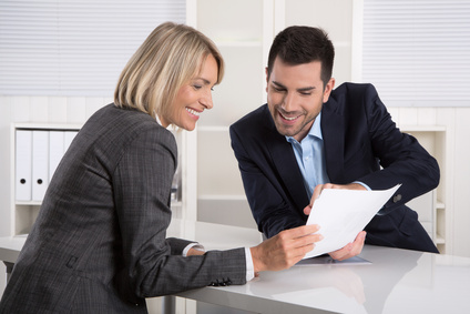 Versicherungskauffrau Ausbildung Gehalt