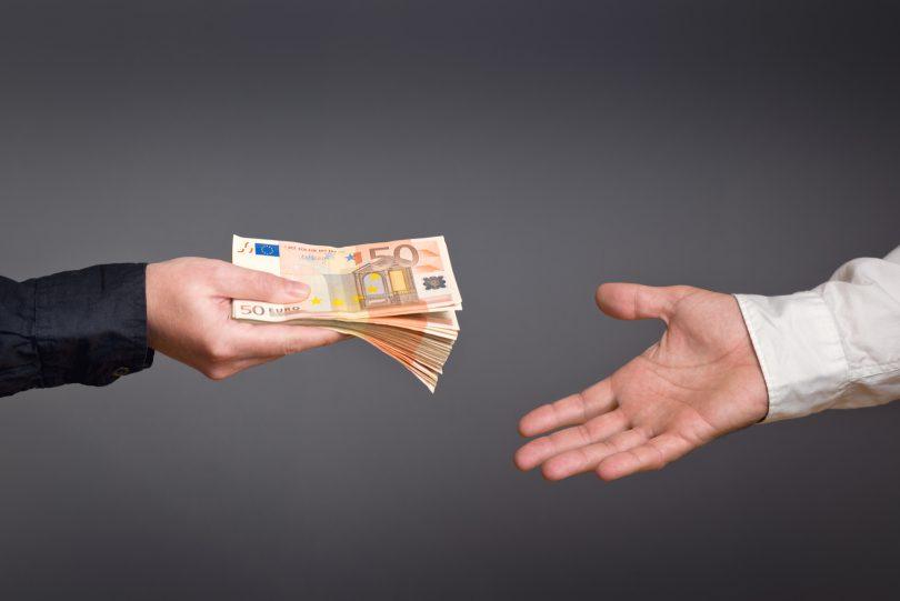 Mikrokredit: Darauf müssen Sie achten!