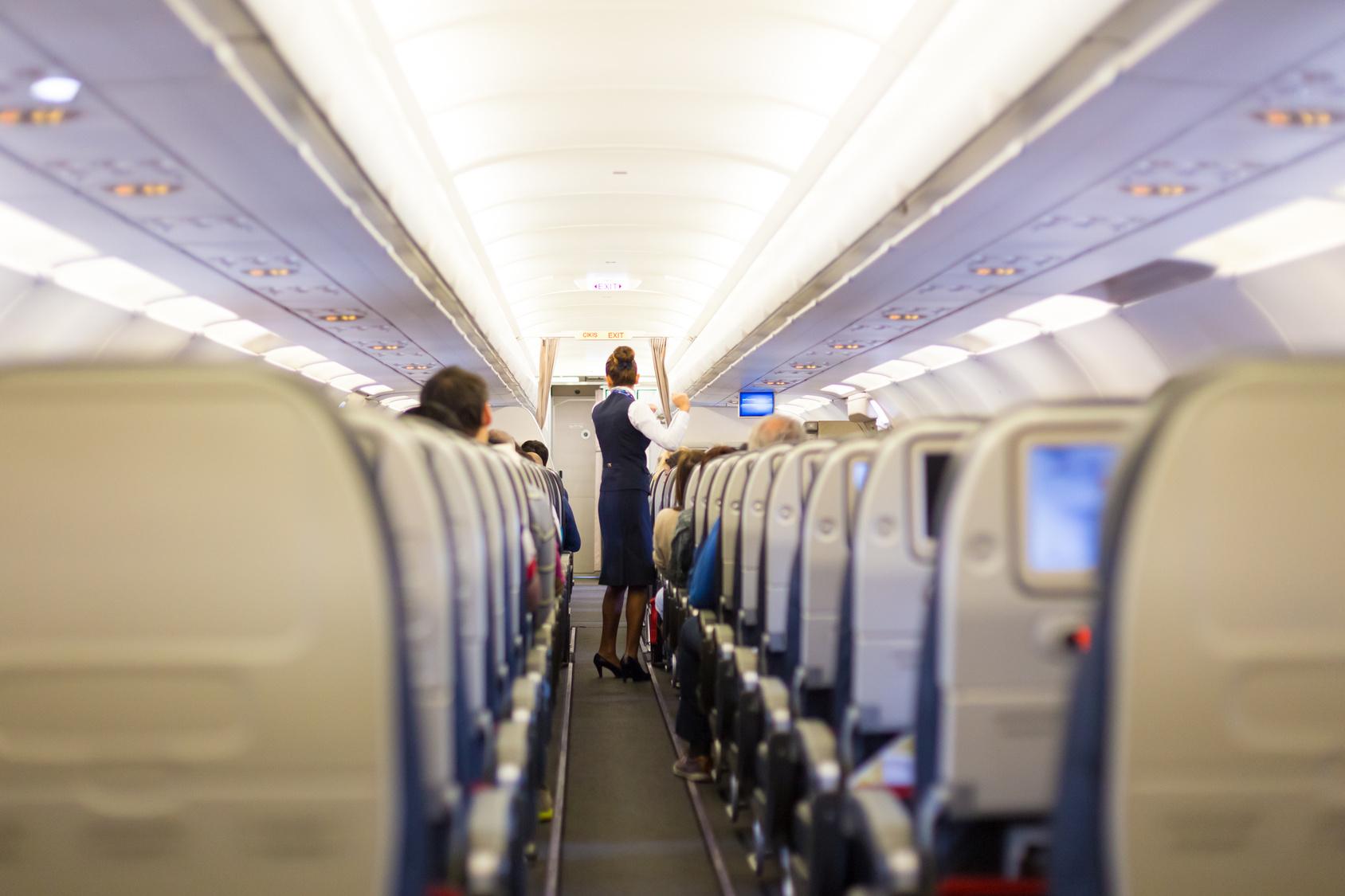 Stewardess Ausbildung: Das müssen Sie wissen!   Heimarbeit