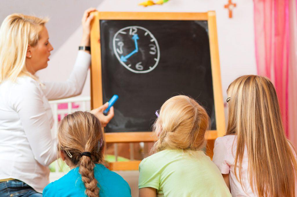 Sozialpädagogische Assistentin: Gehalt, Ausbildung ...
