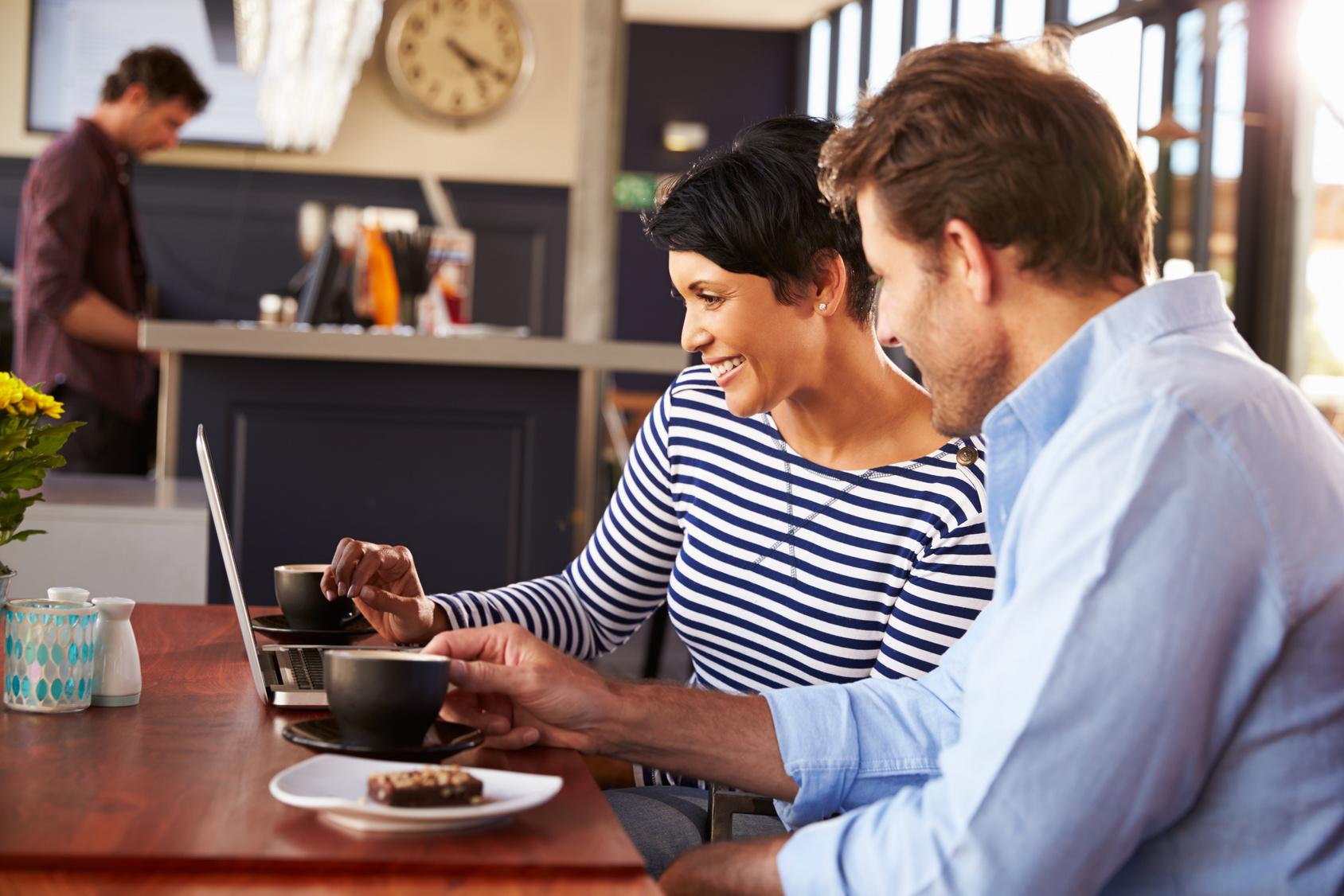 restaurantfachmann gehalt ausbildung studium und. Black Bedroom Furniture Sets. Home Design Ideas