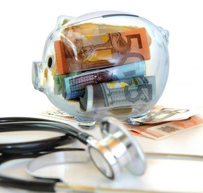 Geld sparen bei privater Krankenversicherung: Mit PKV-Hilfe