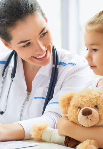 Weiterbildung Allgemeinmedizin: Gehalt, Fernstudium, Studium & Perspektive