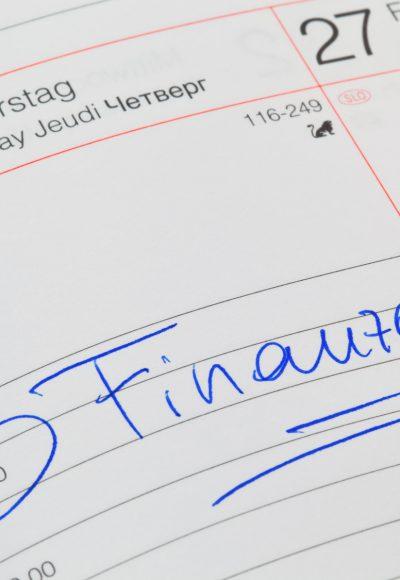 Weiterbildung Bilanzbuchhalter: Gehalt, Studium, Fernstudium & Perspektive