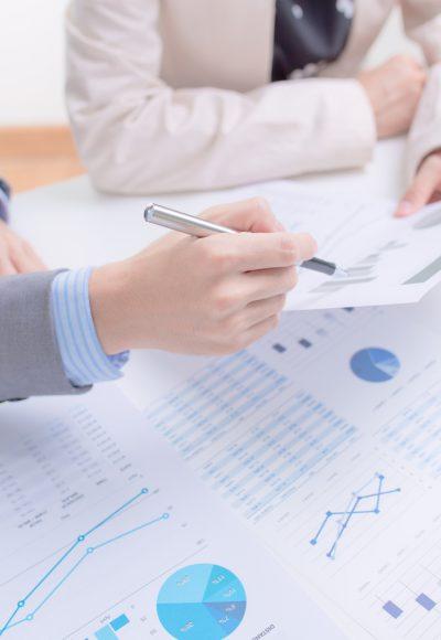 Weiterbildung Buchhaltung: Gehalt, Studium, Fernstudium & Perspektive