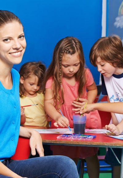 Fernstudium Pädagogik: Gehalt, Fernstudium, Studium, Ausbildung & Perspektiven