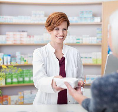 Pharmazeutisch-kaufmännischer Angestellter: Gehalt, Ausbildung, Studium