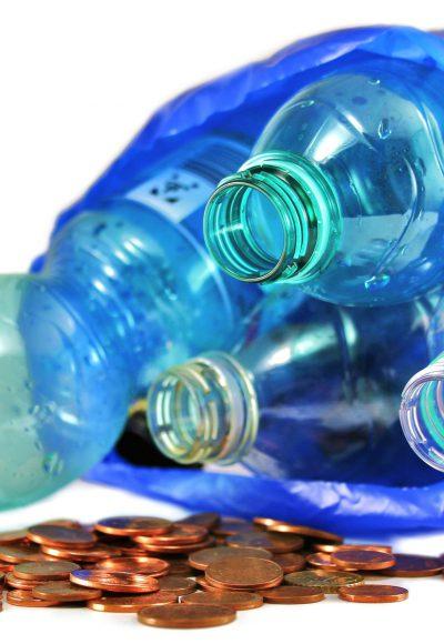 """Pfandflaschensammler – ein steuerpflichtiger """"Beruf""""?"""