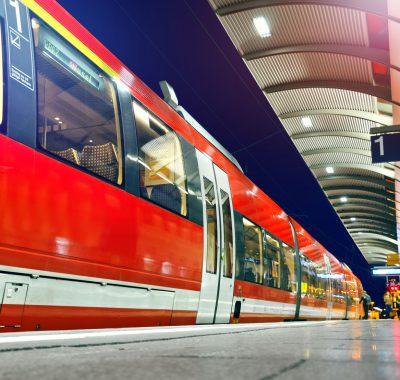 Deutsche Bahn: Gehalt, Nebenjob, Karriere & Ausbildung