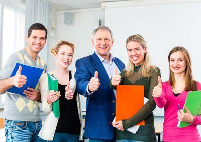 Hilfe und Beratung für Berufsrückkehrerinnen und Berufsrückkehrer