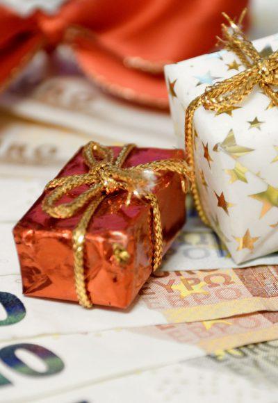 Weihnachtsgeld: Dann muss der Chef zahlen!