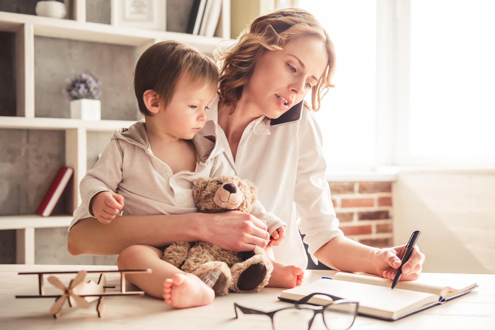 Arbeitende Mütter werden eigenen hohen Ansprüchen nicht gerecht