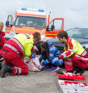 5-Jährige mit Auto angefahren: Zeugin brutal verprügelt!