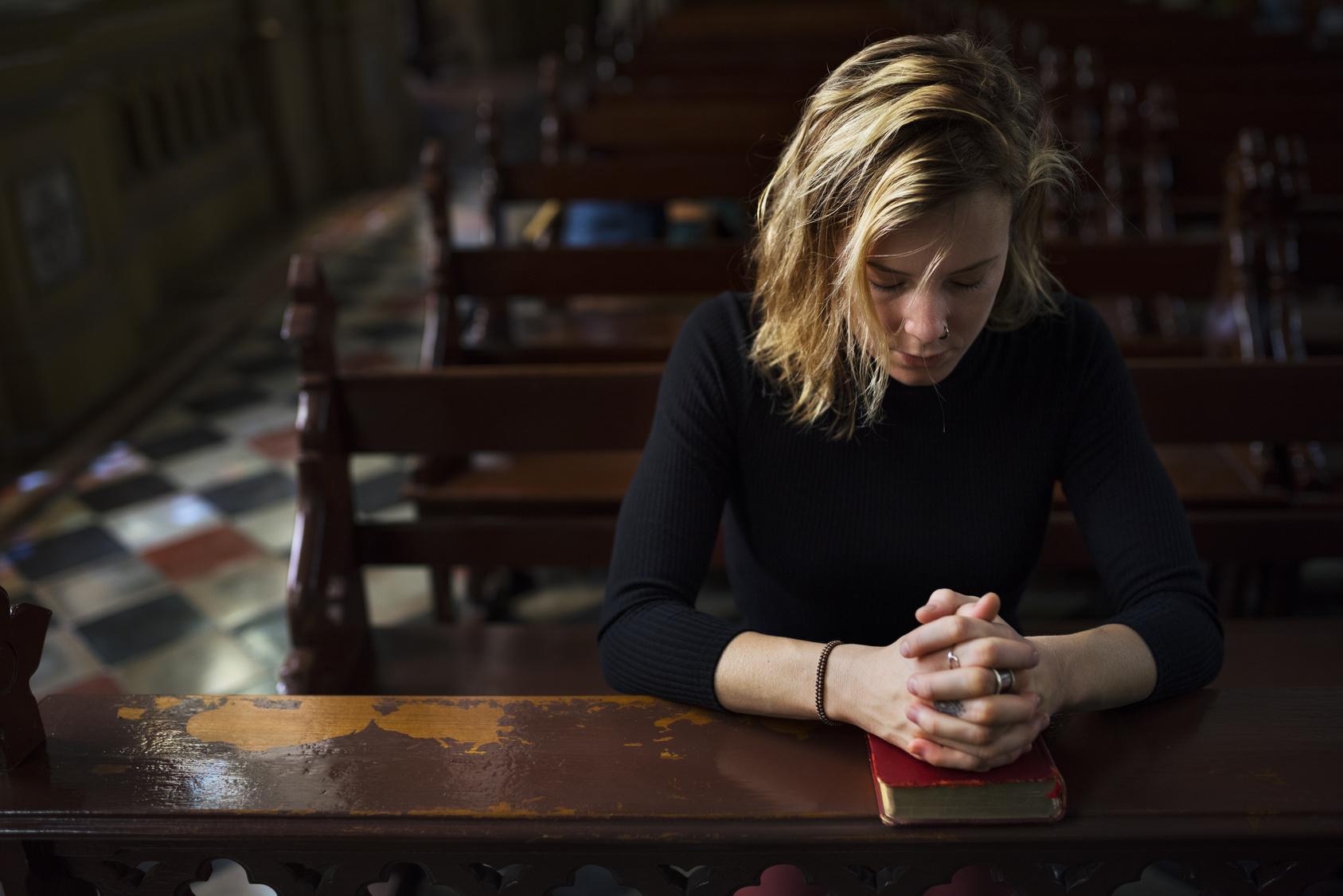 Nach Kirchenbesuch Mutter rettet Tochter und stirbt selbst