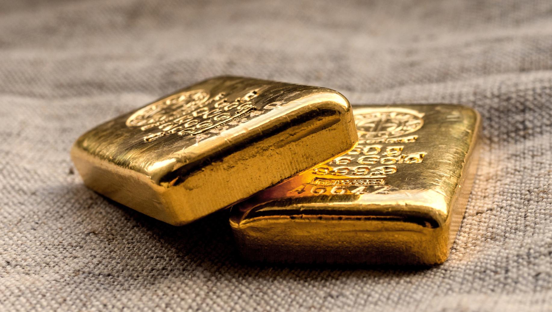 Mann mit 16 Kilo Gold am Flughafen erwischt