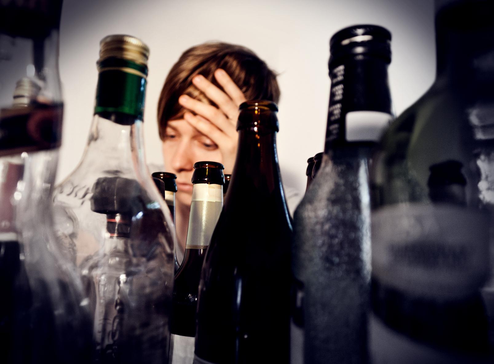 Studenten lassen 19-Jährigen nach Trinkspiel sterben
