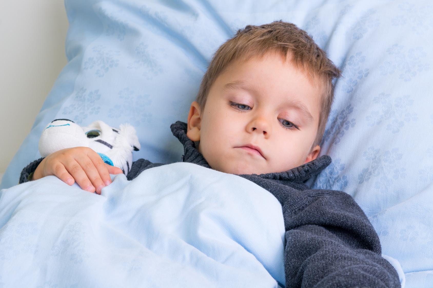 Trockenes Ertrinken 4-jähriger Junge stirbt im Schlaf