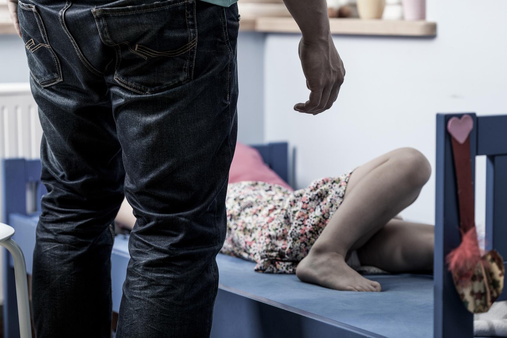 Weil er sie leiden sehen wollte Vater missbrauchte zweijährige Tochter