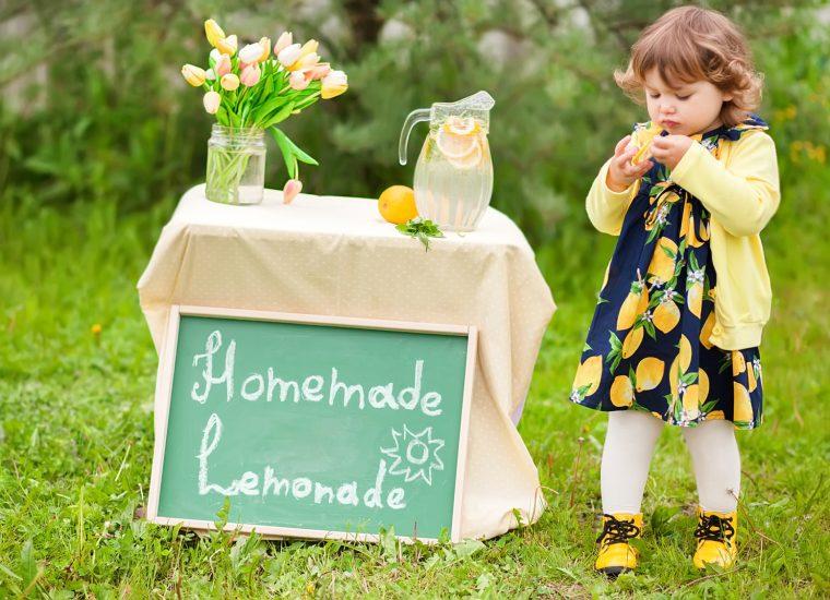 Weil sie Limo verkaufte: Bußgeld für kleines Mädchen!