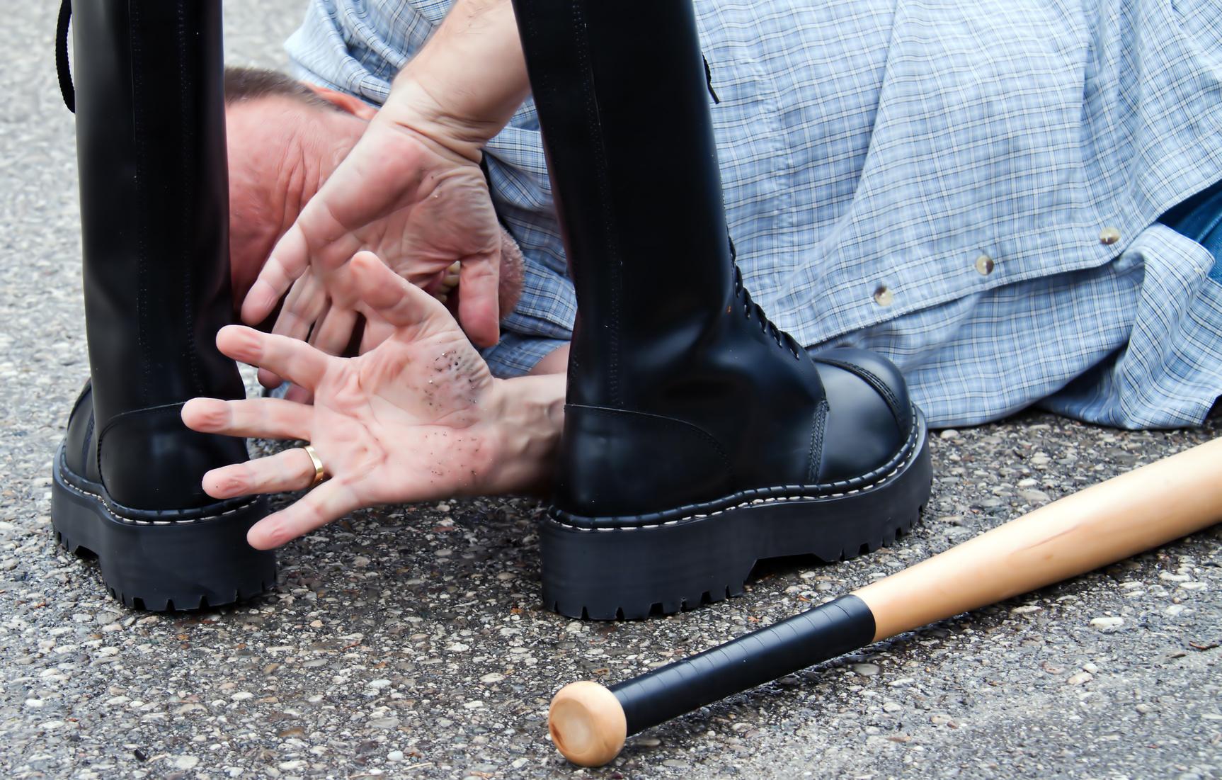 Die Mitarbeiter haben Angst vor ihm: Neonazi muss nicht zum Arbeitsamt