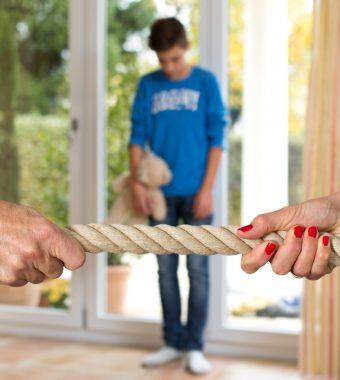 Für Alleinerziehende: Experten wollen Ehegattensplitting abschaffen!