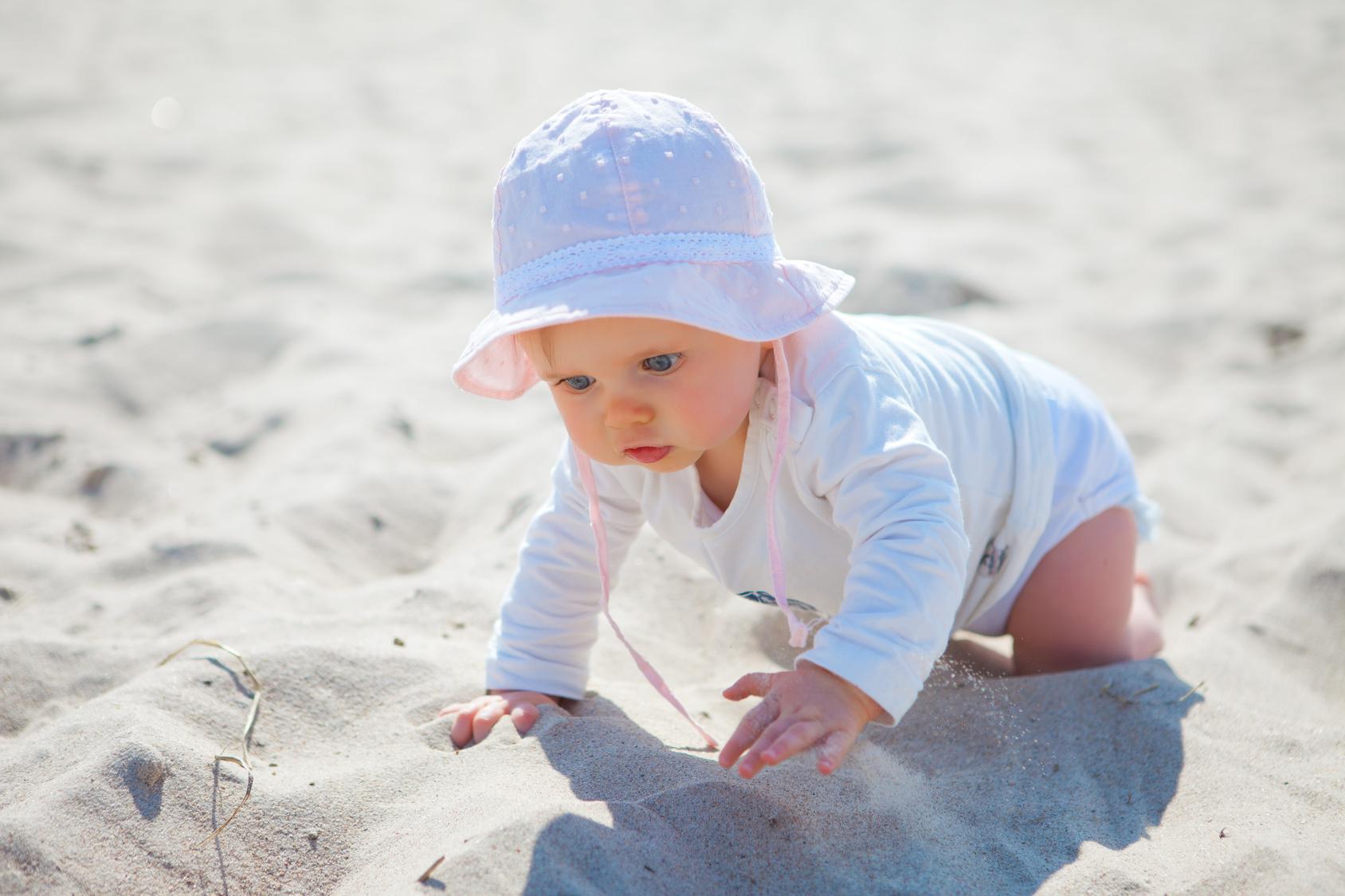 Mutter entsetzt: Baby erleidet heftige Verbrennungen durch diese Sonnencreme!