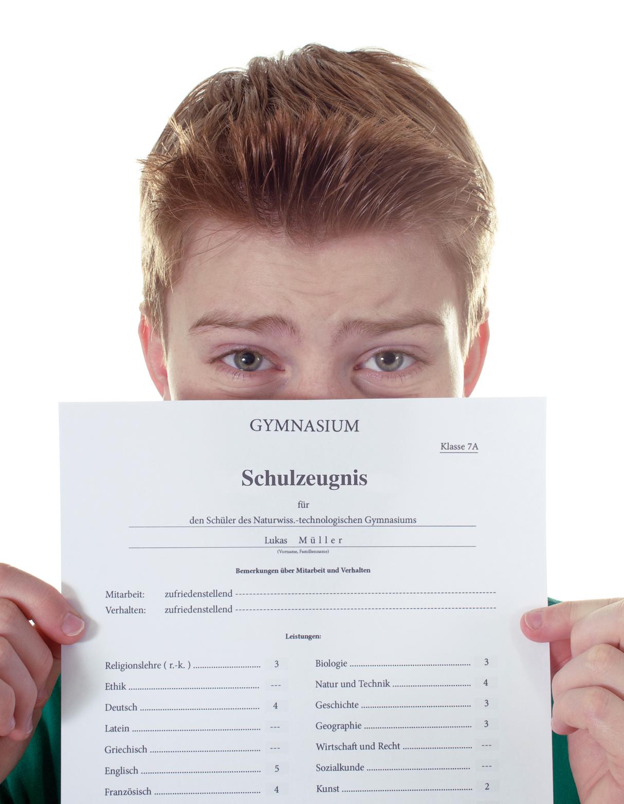 Wegen einer Drei: Junge flieht aus Angst alleine in die Schweiz
