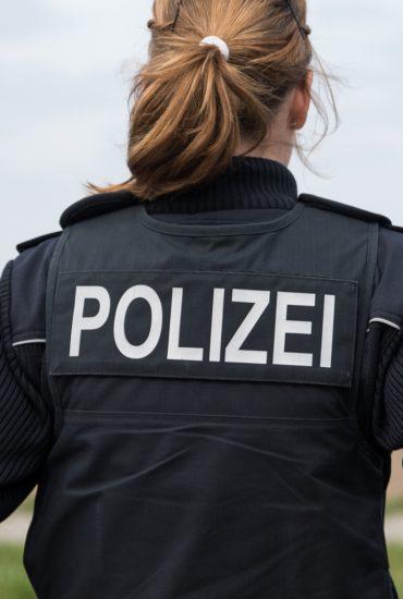 Wegen Baby: Kollegen mobbten Polizistin aus ihrem Job
