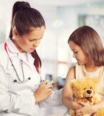 Hormontherapie: Fünfjährige hat bereits Brüste und ihre Tage