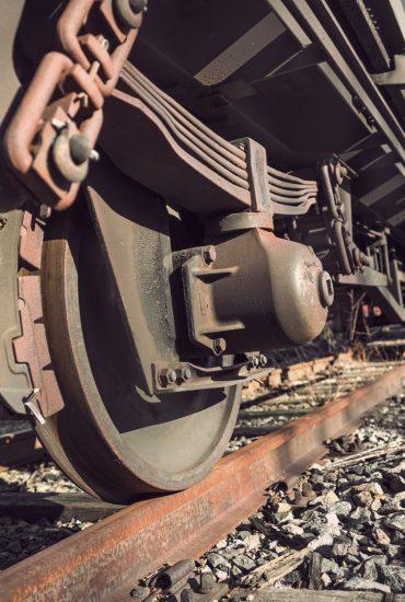 Von Güterzug überrollt: Flüchtling stirbt bei Einreise nach Deutschland!