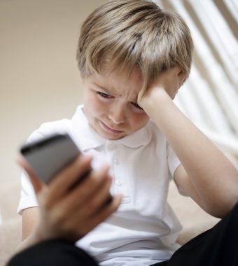 Neue Studie: Smartphone und Co. machen Kinder depressiv!