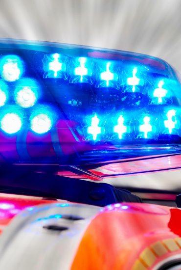 Thüringen: 84-Jähriger fährt in Menschengruppe – teils Schwerverletzte!