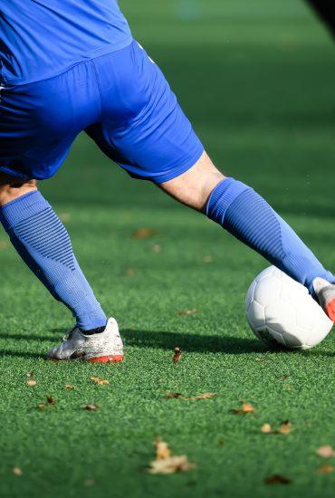 Limbach: Unbekannte verstecken Rasierklingen auf Fußballplatz!