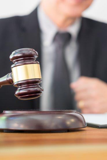 Mildes Urteil: Drei Asylbewerber bedrängten Mädchen sexuell!