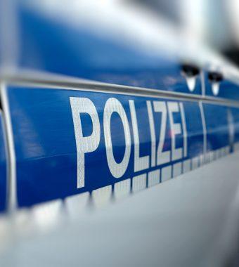 Bis zur Dienstunfähigkeit: Vier Asylbewerber (16-18) prügeln auf Polizisten ein!