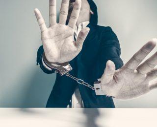Brutaler Kindesmissbrauch: Mutter und Lebensgefährte vergewaltigten 9-Jährigen mehrfach!