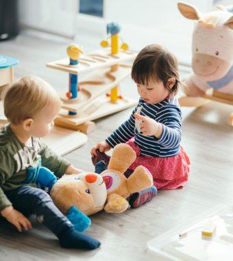 Studie: So viele KiTa-Kinder stammen aus finanziell schwachen Verhältnissen!