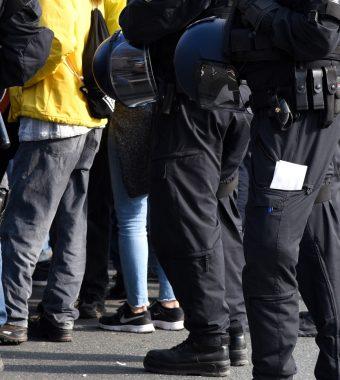 Persisches Neujahrsfest in Köln: Polizei muss wegen Massenschlägerei in Einsatz!